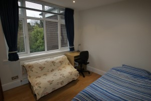 See more details for Links Way, Beckenham