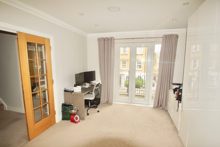 Images for Waterside Avenue, Beckenham